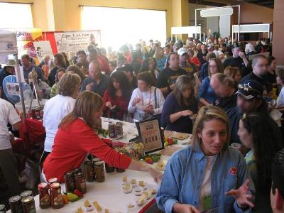 La folla allingresso del Fiery Food Show